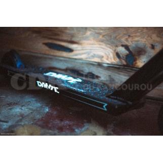 AO Dante Hutchinson Pro Complete